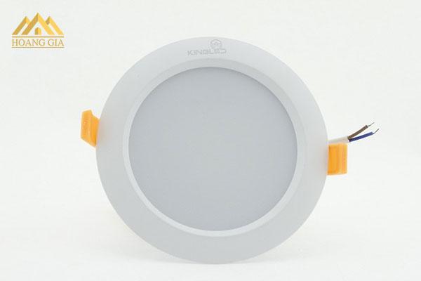 Những hãng sản xuất đèn downlight âm trần đổi màu uy tín