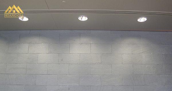 Lý do lắp đặt đèn downlight sự cố