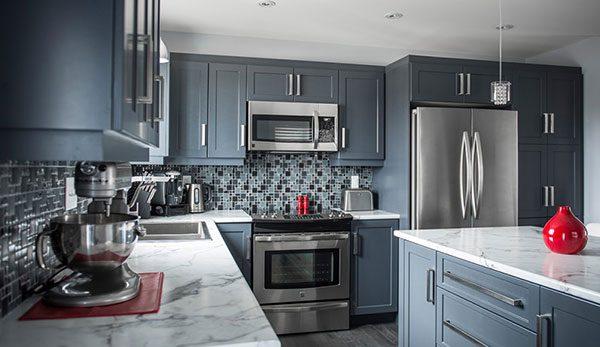 Đèn led âm trần cho phòng bếp kết hợp với trần thạch cao