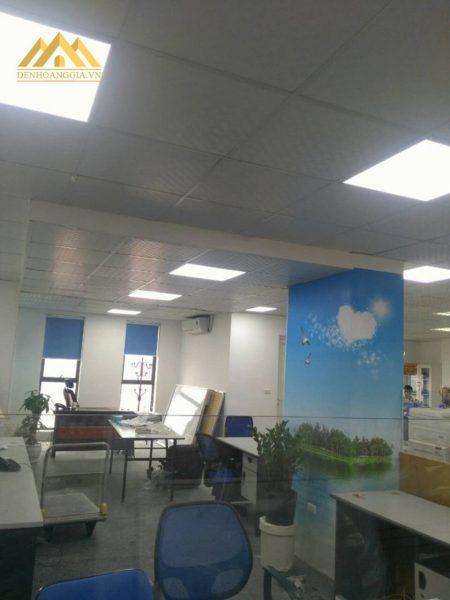 90% khách hàng lựa chọn đèn led Panel siêu mỏng lắp cho trần thả thạch cao