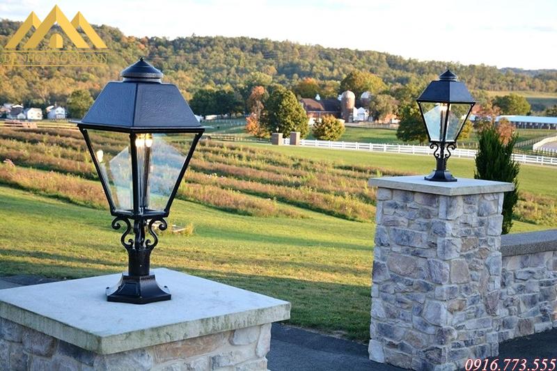 Thiết kế mẫu đèn trụ cổng cổ điển