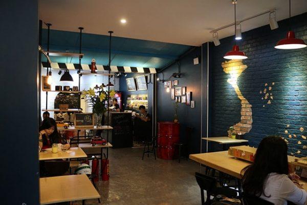 Ứng dụng đèn led rọi ray tại quán cà phê