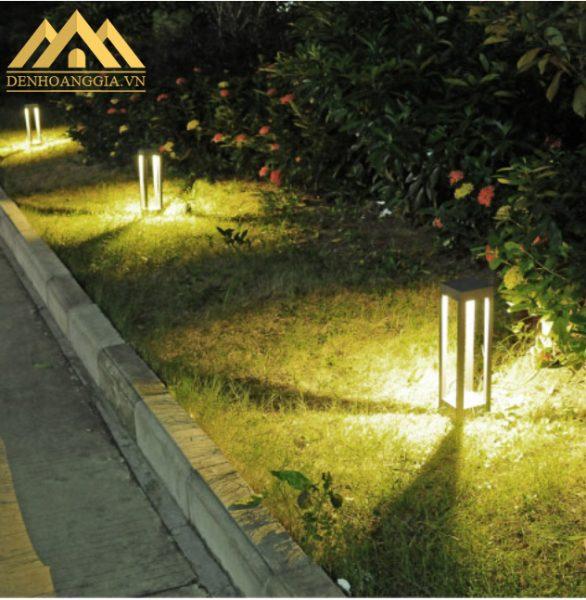 Đèn trụ sân vườn mang lại nguồn ánh sáng chiếu tỏa